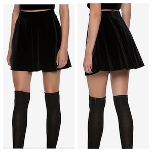 Hot Topic High Waist Black Velvet Skater Skirt